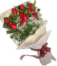 11 adet kirmizi güllerden özel buket  Adana internetten çiçek siparişi