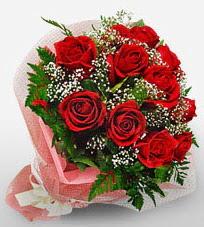 12 adet kırmızı güllerden kaliteli gül  Adana çiçek siparişi vermek