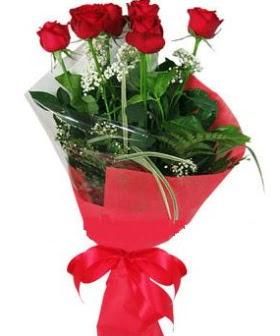 5 adet kırmızı gülden buket  Adana kaliteli taze ve ucuz çiçekler