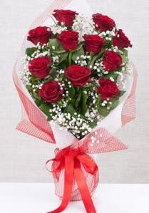 11 kırmızı gülden buket çiçeği  Adana 14 şubat sevgililer günü çiçek