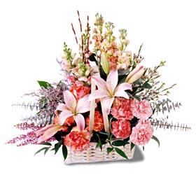 Adana çiçek siparişi sitesi  mevsim çiçekleri sepeti özel tanzim