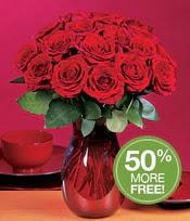 Adana çiçek gönderme sitemiz güvenlidir  10 adet Vazoda Gül çiçek ideal seçim