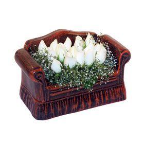 seramik içerisinde 11 gül  Adana hediye çiçek yolla
