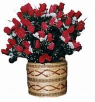 yapay kirmizi güller sepeti   Adana kaliteli taze ve ucuz çiçekler