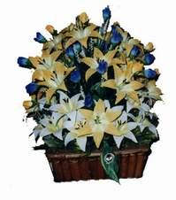 yapay karisik çiçek sepeti   Adana çiçek gönderme