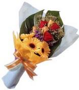 güller ve gerbera çiçekleri   Adana çiçek gönderme sitemiz güvenlidir