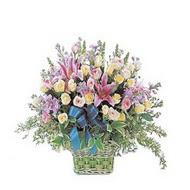 sepette kazablanka ve güller   Adana çiçek gönderme