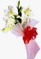 Adana çiçek , çiçekçi , çiçekçilik  ince vazoda gerbera ve ayi