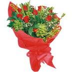 10 adet kirmizi gül buketi  Adana çiçek yolla