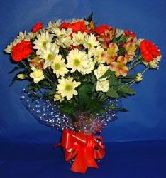 Adana hediye çiçek yolla  kir çiçekleri buketi mevsim demeti halinde