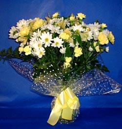 Adana hediye çiçek yolla  sade mevsim demeti buketi sade ve özel