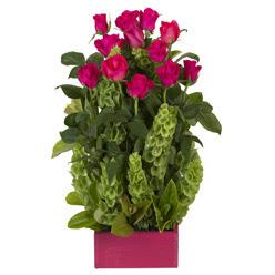 12 adet kirmizi gül aranjmani  Adana çiçek mağazası , çiçekçi adresleri