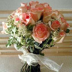 12 adet sonya gül buketi    Adana çiçek gönderme