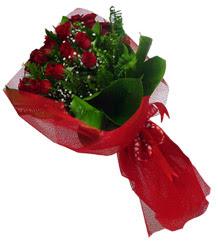 Adana çiçek gönderme sitemiz güvenlidir  10 adet kirmizi gül demeti