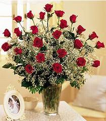 Adana çiçek , çiçekçi , çiçekçilik  özel günler için 12 adet kirmizi gül