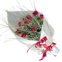 Adana yurtiçi ve yurtdışı çiçek siparişi  11 adet kirmizi gül buket- Her gönderim için ideal