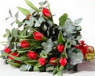 Adana çiçek satışı  11 adet kirmizi gül buketi özel günler için