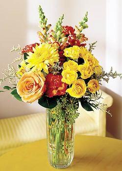 Adana 14 şubat sevgililer günü çiçek  mika yada cam içerisinde karisik mevsim çiçekleri