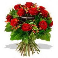 9 adet kirmizi gül ve kir çiçekleri  Adana internetten çiçek satışı