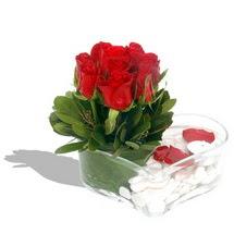 Mika kalp içerisinde 9 adet kirmizi gül  Adana çiçek servisi , çiçekçi adresleri