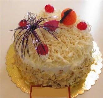 pasta siparisi 4 ile 6 kisilik yaspasta mis lezzette  Adana çiçekçi telefonları