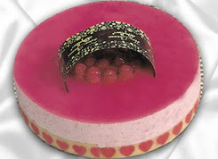 pasta siparisi 4 ile 6 kisilik yas pasta framboaz yaspasta  Adana güvenli kaliteli hızlı çiçek
