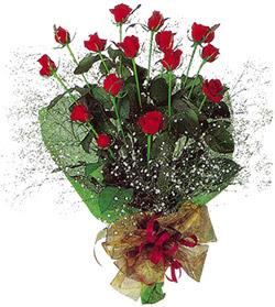 11 adet kirmizi gül buketi özel hediyelik  Adana çiçekçi mağazası