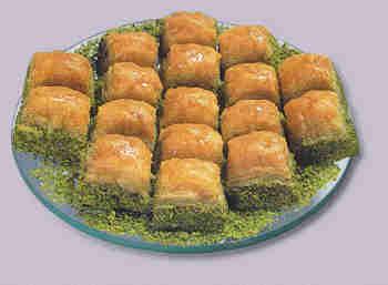 pasta tatli satisi essiz lezzette 1 kilo fistikli baklava  Adana internetten çiçek siparişi