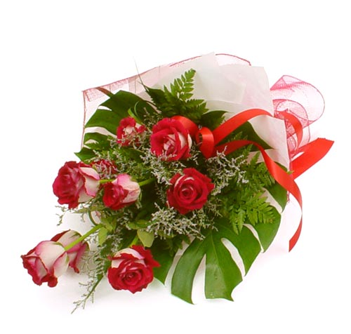 çiçek gönder 7 adet kirmizi gül buketi  Adana kaliteli taze ve ucuz çiçekler