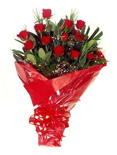 12 adet kirmizi gül buketi  Adana çiçekçiler