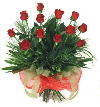 Çiçek yolla 12 adet kirmizi gül buketi  Adana güvenli kaliteli hızlı çiçek