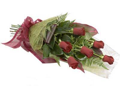 ucuz çiçek siparisi 6 adet kirmizi gül buket  Adana çiçek siparişi sitesi