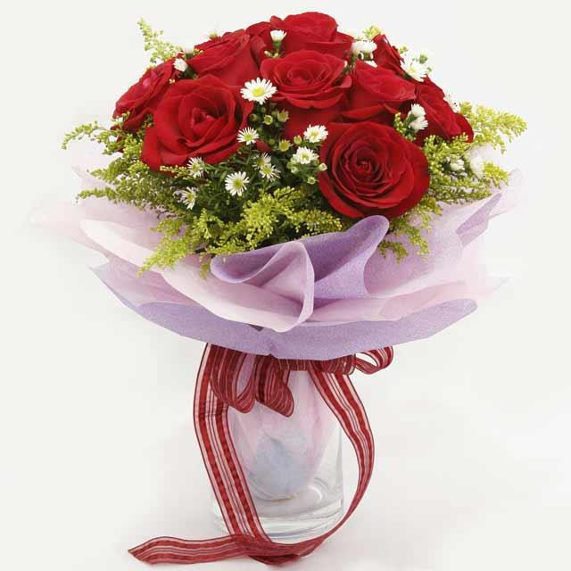 Çiçek gönderme estetikliginiz 11 gül buket  Adana çiçekçi mağazası