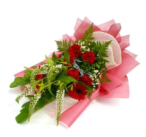 Karisik çiçek buketi mevsim buket  Adana çiçek siparişi sitesi
