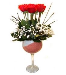 Adana çiçekçiler  cam kadeh içinde 7 adet kirmizi gül çiçek