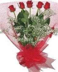 5 adet kirmizi gülden buket tanzimi  Adana çiçek yolla