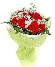 Adana çiçek , çiçekçi , çiçekçilik  7 adet kirmizi gül buketi tanzimi