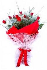 Adana İnternetten çiçek siparişi  9 adet kirmizi gül buketi demeti