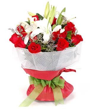 Adana hediye çiçek yolla  1 dal kazablanka 11 adet kırmızı gül buketi