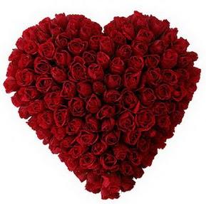 Adana çiçekçi mağazası  muhteşem kırmızı güllerden kalp çiçeği