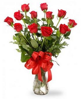 Adana çiçek , çiçekçi , çiçekçilik  12 adet kırmızı güllerden vazo tanzimi