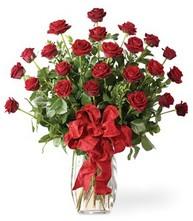 Sevgilime sıradışı hediye güller 24 gül  Adana 14 şubat sevgililer günü çiçek