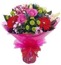 Karışık mevsim çiçekleri demeti  Adana online çiçek gönderme sipariş