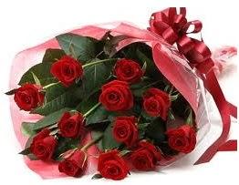 Sevgilime hediye eşsiz güller  Adana uluslararası çiçek gönderme