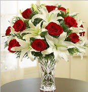 12 adet kırmızı gül 2 dal kazablanka vazosu  Adana çiçek satışı