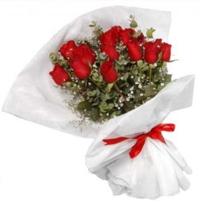 9 adet kırmızı gül buketi  Adana çiçekçi mağazası