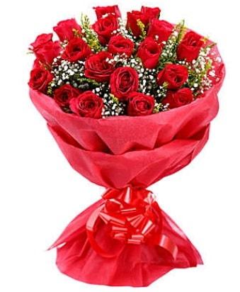 21 adet kırmızı gülden modern buket  Adana çiçek gönderme