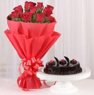 10 Adet kırmızı gül ve 4 kişilik yaş pasta  Adana internetten çiçek satışı