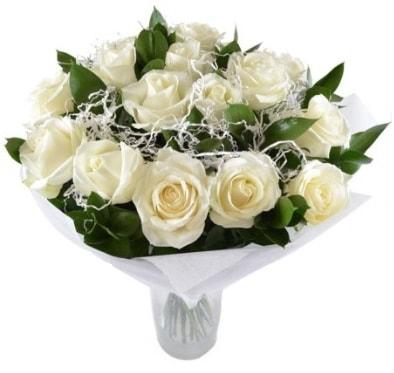 15 beyaz gül buketi sade aşk  Adana çiçek satışı